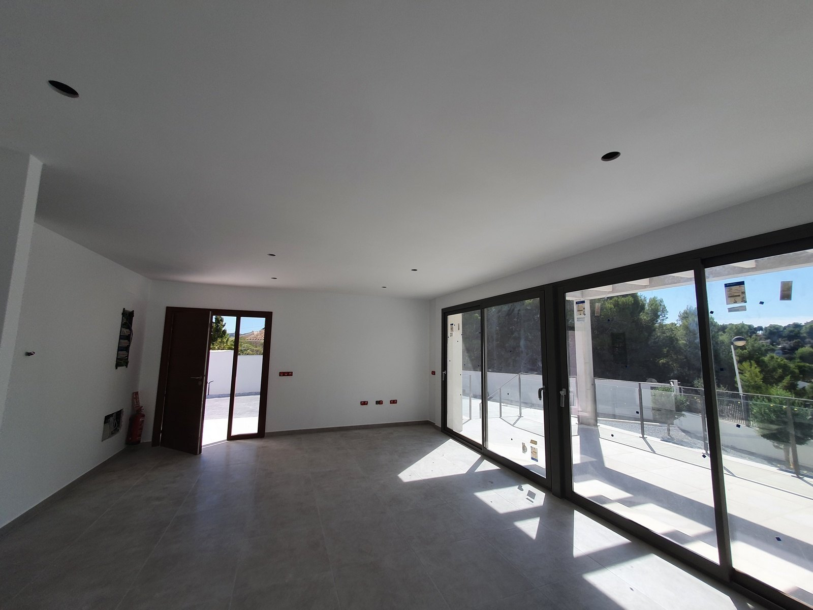 Neu gebaute Villa mit Pool in Moraira.