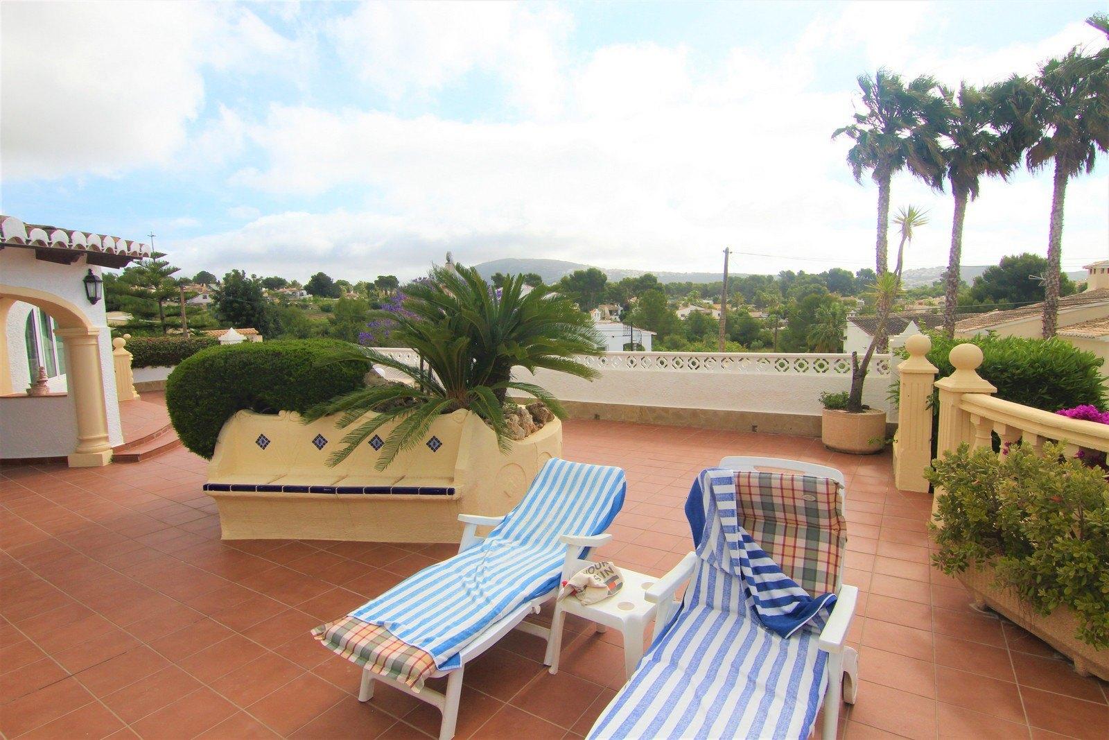 Villa mit Schwimmbad zum Verkauf in Moraira.