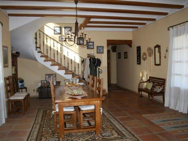 Exklusives Anwesen zum Verkauf mit Reitstall in Javea